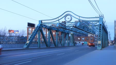 truss : Timelapse of the Queen Street Bridge in Toronto at twilight 4K