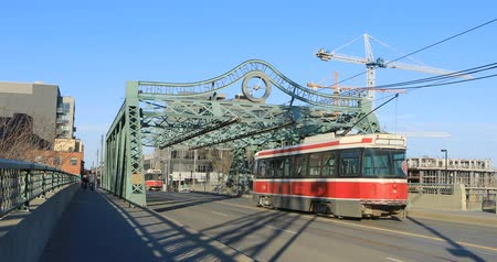 truss : Transit vehicle on the Queen Street Bridge in Toronto 4K