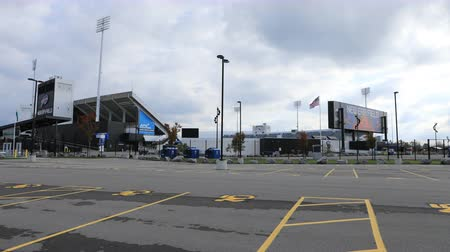 capacidade : Timelapse New Era Field in Orchard Park, New York 4K