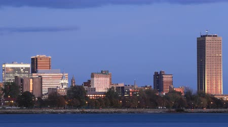 lakó : Timelapse of the Buffalo skyline day to night 4K