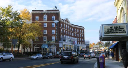 facciate : Vista dell'hotel di Northampton a Northampton, Massachusetts 4K