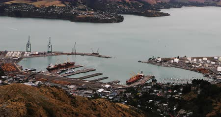 nový zéland : Aerial view of Lyttelton, New Zealand by Christchurch 4K