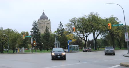 politik : Manitoba Legislature Building in Winnipeg 4K Stok Video
