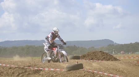 deporte extremo : Carrera de motocross Archivo de Video