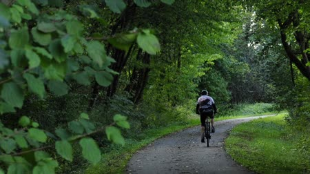 cyclists : cyclist Stock Footage