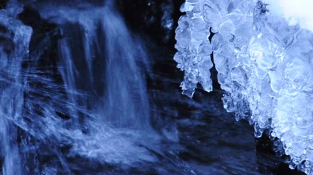 congelado : ice at a waterfall