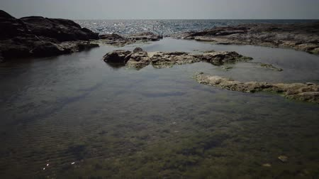 északnyugati : Coastal baths on a rocky shore near the water on the Black Sea, Bulgaria