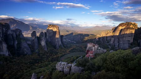convento : Meteora monasteries in Greece, timelapse
