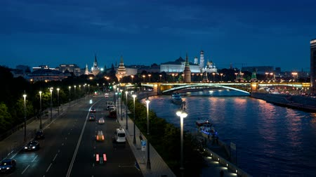 moscow panorama : Moscow hyper lapse, night view of the Kremlin and Moskva River Stock Footage