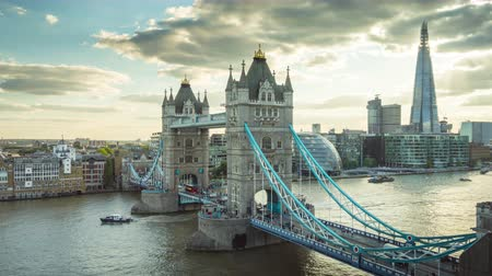theems : time-lapse Skyline van Londen met Tower Bridge, UK
