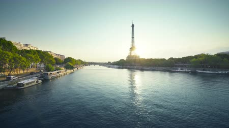 Eiffel tower and sunny morning, Paris, France Wideo