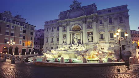 barok : Trevi fountain in Rome, Italy