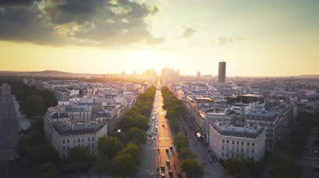 slavný : Paris view from Arc de Trimphe, France
