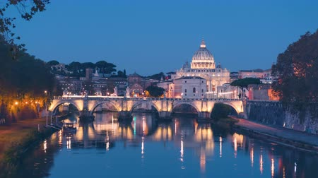 time lapse of St. Peters Basilica, Sant Angelo Bridge, Vatican, Rome, Italy Wideo