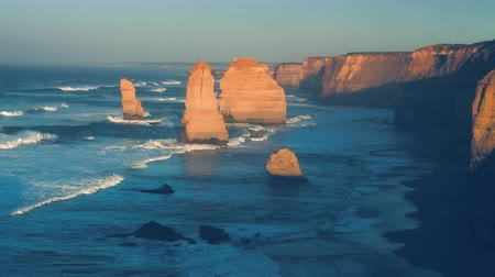 Twelve Apostles, sunrise time, Australia Wideo
