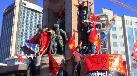 unrest : ISTANBUL - JUN 1: Violence sparked by plans to build on the Gezi Park have broadened into nationwide anti government unrest on June 1, 2013 in Istanbul, Turkey. Ataturk Statue, Taksim Stock Footage