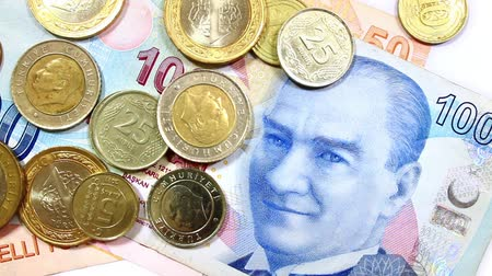 lira : Camera motion over distributed Turkish money.  Stok Video