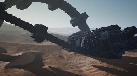 spaceship : old rusted alien spaceship in desert Stock Footage