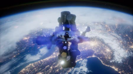 satelite : space ship over the earth seen from space Wideo