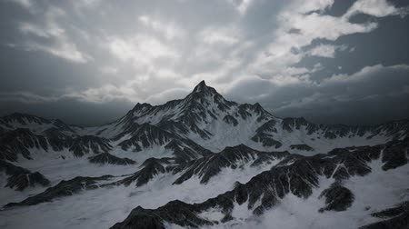 snowbord : High Altitude Peaks and Clouds