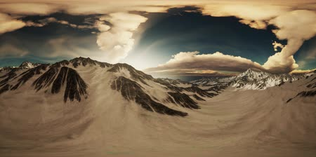 himalaya : VR 360 Rays of Sunset on the Tops of the Mountains