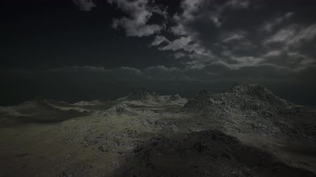 el değmemiş : Dramatic Storm Sky over Rough Mountains