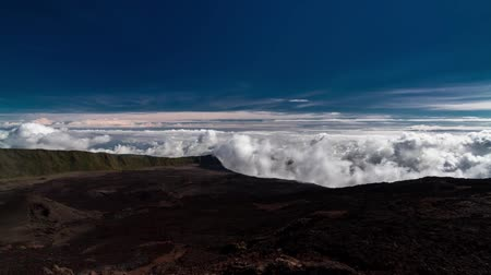 geniş açılı : Landscape and Cloud Timelapse at La Reunion, Piton De La Fournaise Stok Video