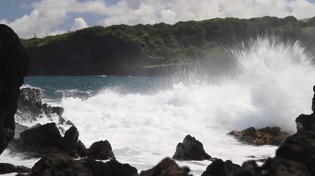 hawai : Forts courants sur Maui, Hawaii (paysage)