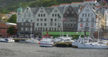 turistik : 4K, Brueggen, Norway, Row Of Houses, Long Pan, CineD (flat) profile Stok Video
