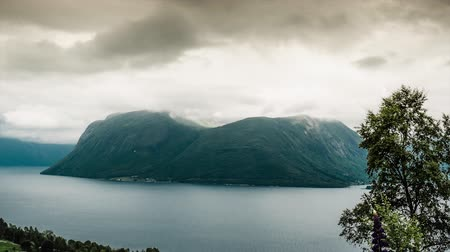 djupvatnet : Epic timelapse, landscape, clouds, mountains, fjords in norway Stock Footage