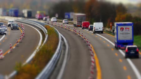 camionagem : Traffic on german Autobahn, Cars and Trucks Stock Footage