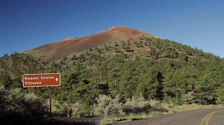 belangen : Sunset Crater Monument, Arizona, Verenigde Staten Stockvideo