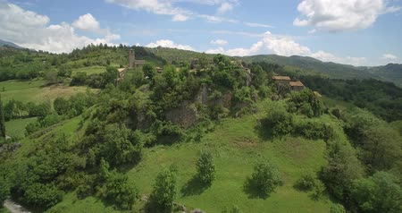 pireneusok : Aerial, Flight Around The Beautiful Mountain Village Espés, Pyrenees, Spain - native Version