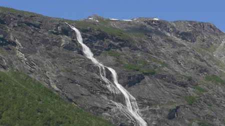 ot : Beautiful Waterfall In Norway - Native Version Stok Video