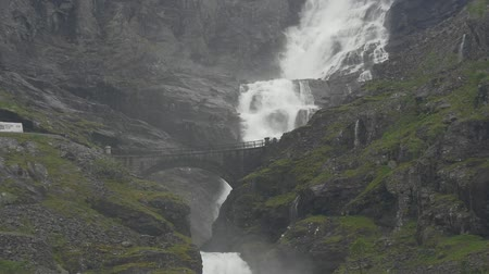 Норвегия : Waterfall At The Trollstigen, Norway - Untouched Version