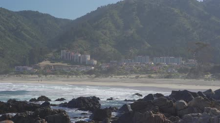 épico : Hotels At The Quintay Beach At Sunrise, Chile