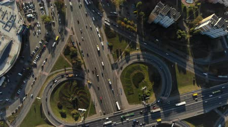 genel bakış : drone flight over large road junction