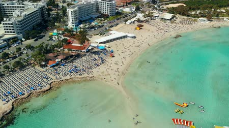 лодки : Aerial view of beautiful beach of Mediterranean Стоковые видеозаписи
