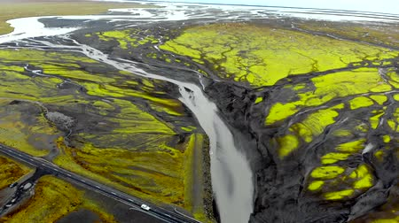 arter : Aerial view of glacier river delta in Iceland Stok Video