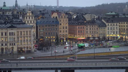 Скандинавия : STOCKHOLM, SWEDEN - DECEMBER 4, 2019: Panorama of the city with a view of the Gamla Stan district. Стоковые видеозаписи