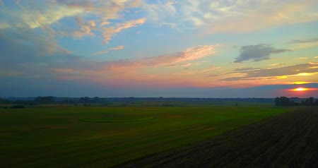 мистик : Summer Sunset Evening Above Countryside Rural Field with circles Landscape.drone fligh Стоковые видеозаписи