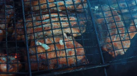 coals : Grill, Frying Fresh Meat, Chicken Barbecue, Sausage, Kebab, Hamburger, vegetables.
