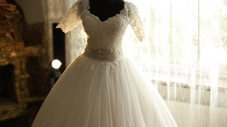 подвенечное платье : Beautiful wedding dress Close-up  Wedding dress