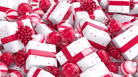 önemsiz şey : Christmas balls and Christmas gift boxes with red bows and ribbons