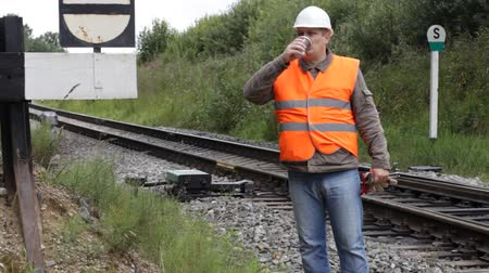 çay fincanı : Worker with a coffee on the rail episode 4