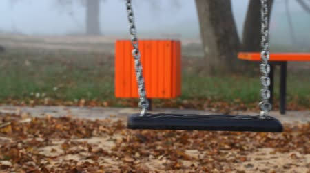 divórcio : Swing slowly swinging in playground episode 1 Stock Footage