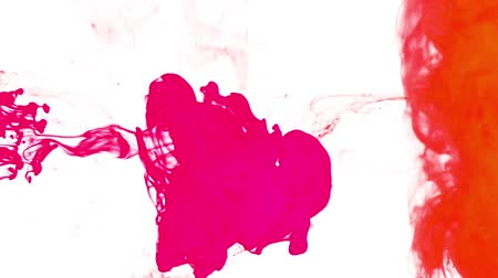 mürekkep : Abstract orange and pink ink injected into liquid