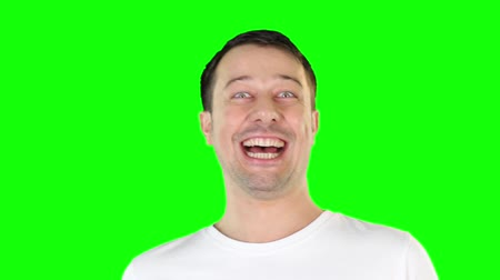 śmiech : Mid adult man laughing Wideo