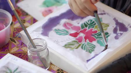 культурный : Participant at My Batik painting workshop in Malaysia
