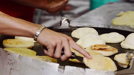 ramadan bazaar : Cooking roti bom on griddle at bazaar ramadan